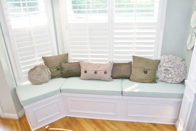 Builtin Dining Bench Seat  Design Ideas 20172018  Pinterest Glamorous Dining Room Storage Bench Decorating Inspiration