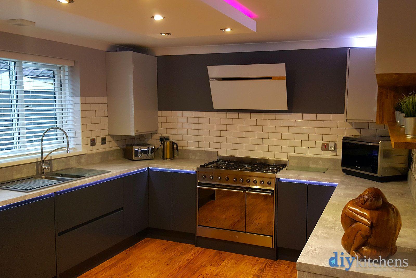 An Innova Luca Carbon Handleless Kitchen.  Handleless kitchen