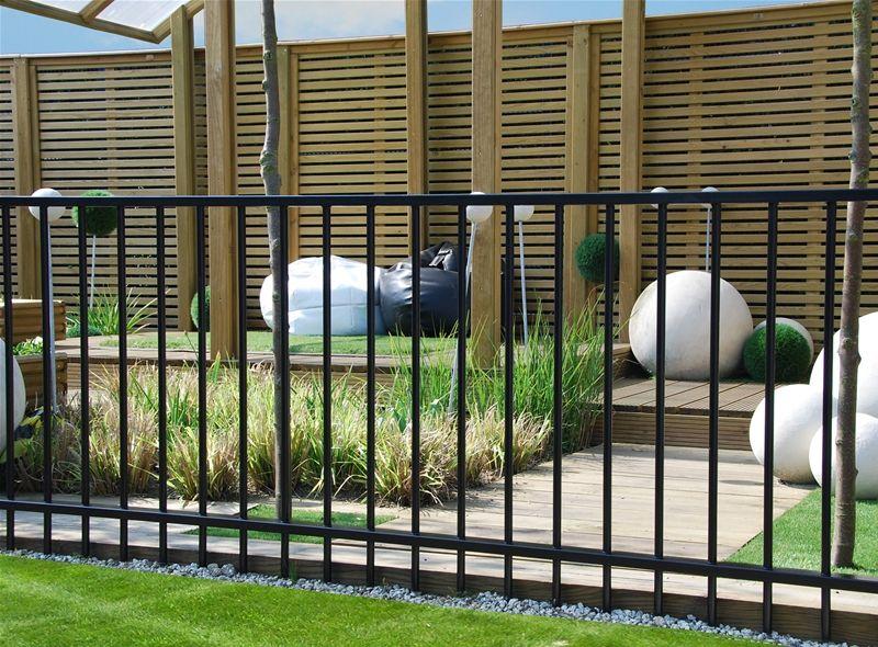 Metal Garden Railings Are A Elegant Way To Protect A Garden #GardenRailings  #fencing #