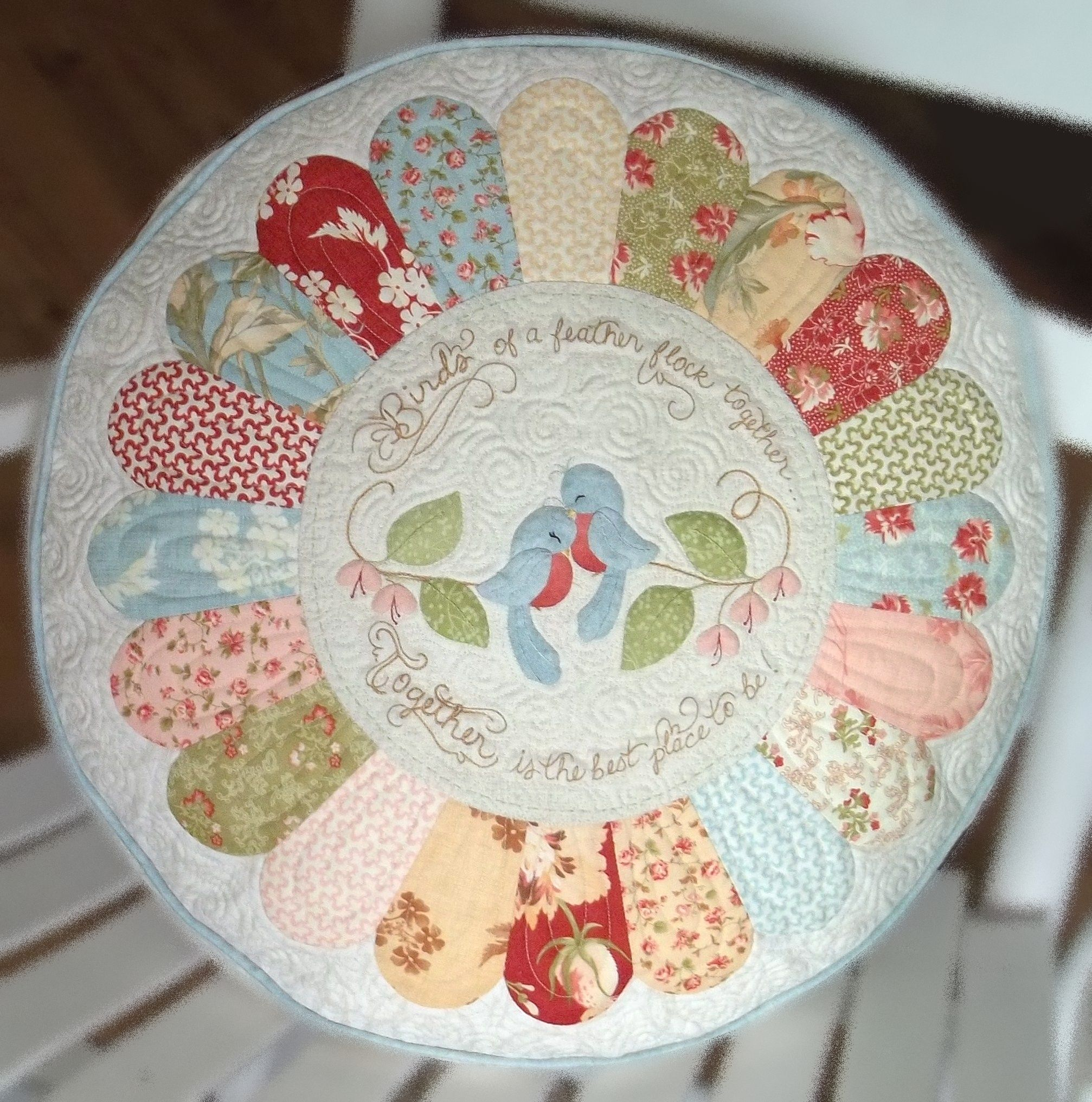 Chitter Chatter Designs To her applique pillow pattern