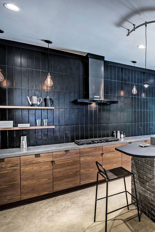 31 Black Subway Backsplash Ideas The Power Of Black Color In 2020 Black Backsplash Black Tiles Kitchen Black Subway Tiles