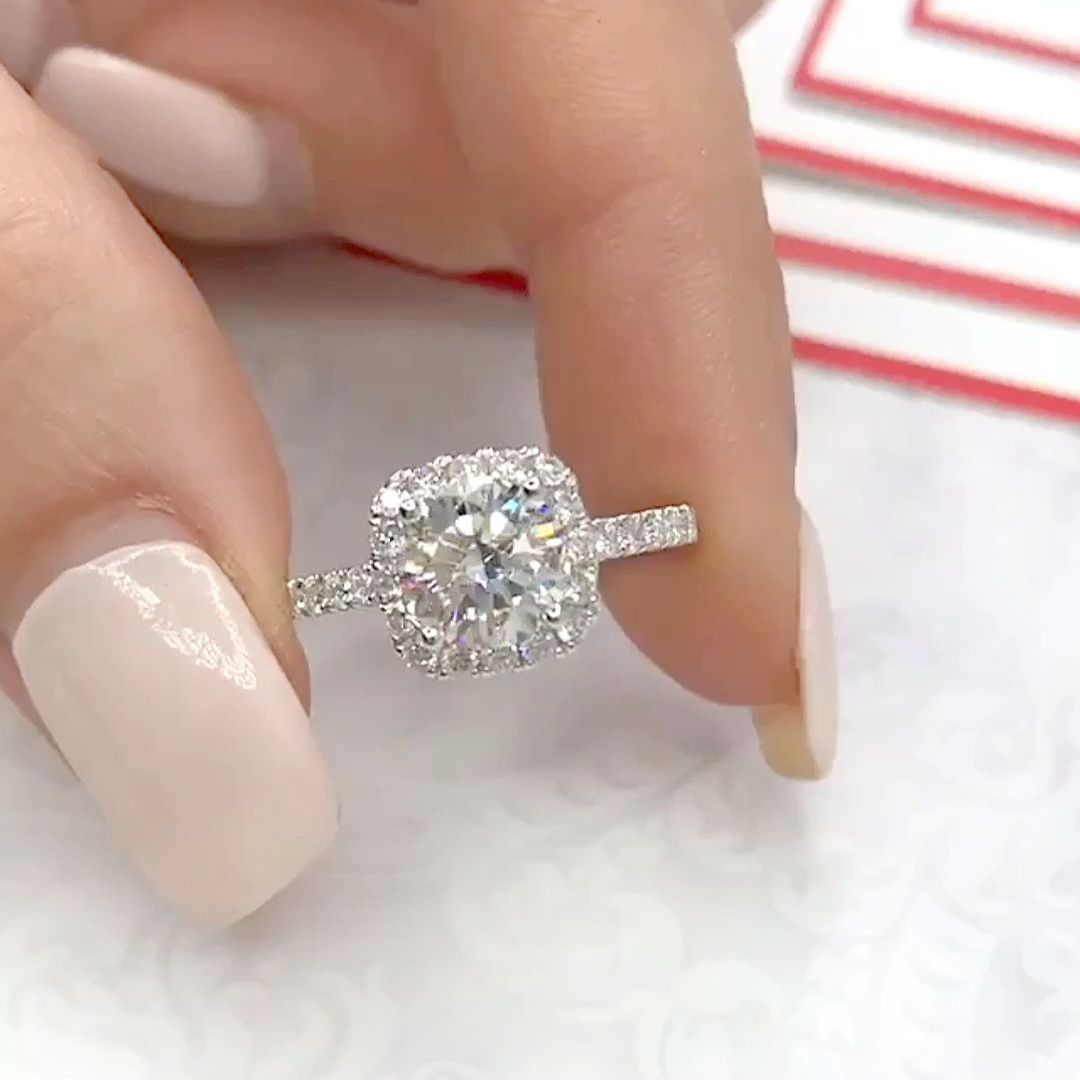 Engagement Rings For 1000 Dollars Or Less Modern Engagement Ring Styles Dream Engagement Rings Anniversary Rings Band Dream Wedding Ring