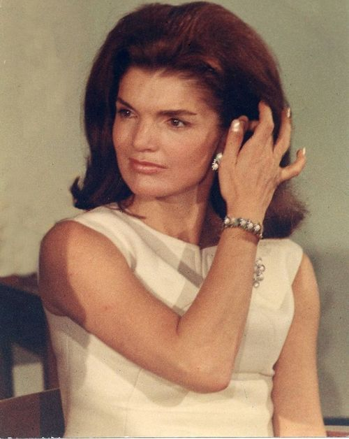 jacqueline kennedy kennedy world pinterest h uschen. Black Bedroom Furniture Sets. Home Design Ideas
