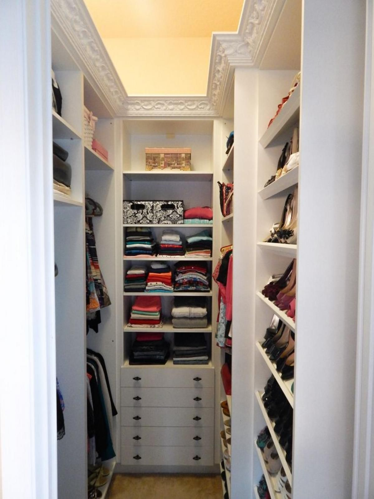 Best Of Small Walk In Closet Layout