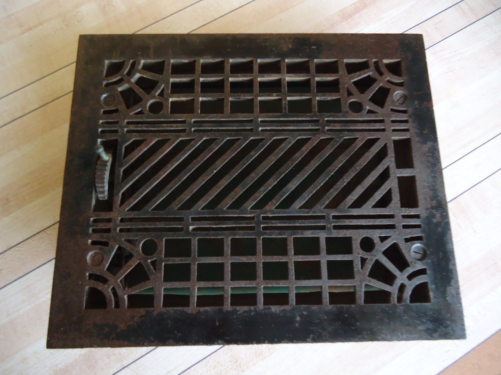 Antique Cast Iron Heat Floor Grate Vent Register W Louvers 11 1 2 X 9 5 8 Antique Cast Iron Heated Floors Vent Registers