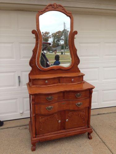 Lexington Furniture Victorian Sampler Dresser 38 With Mirror Victorian Style Furniture Victorian Bedroom Painted Furniture Designs
