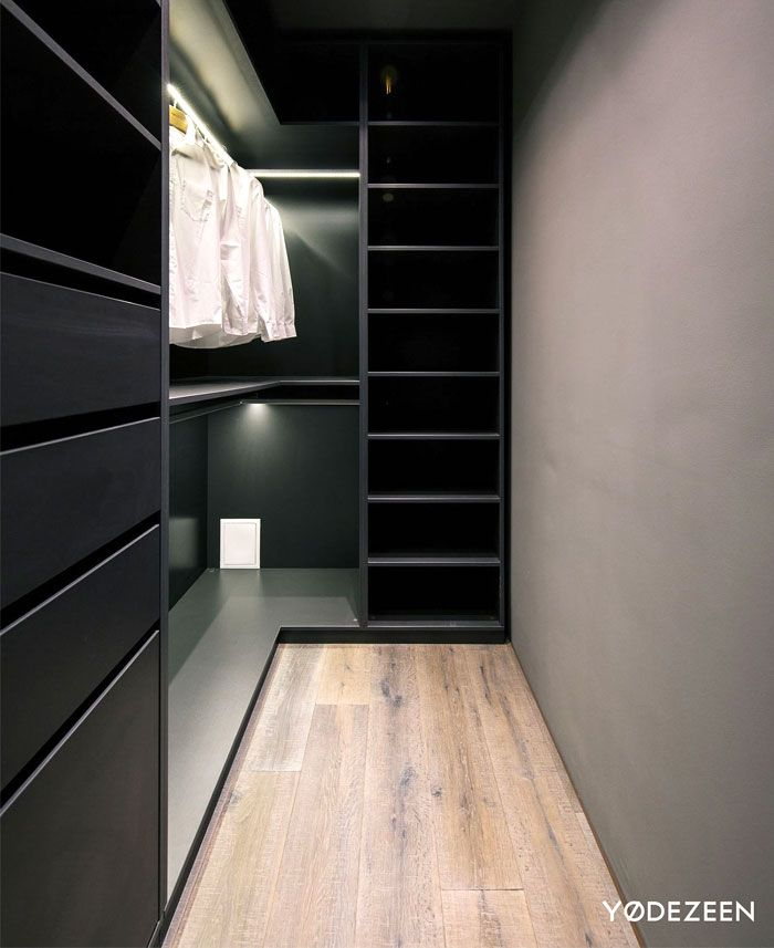 Trendy Dark Bachelor Apartment by YoDezeen