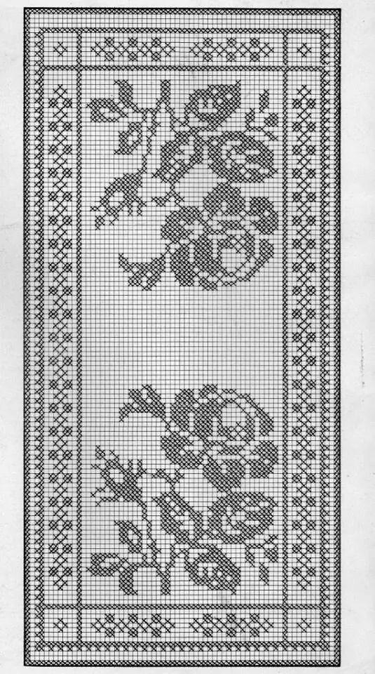 Pin de Misty Darst en Filet crochet | Pinterest | Caminos de mesa ...