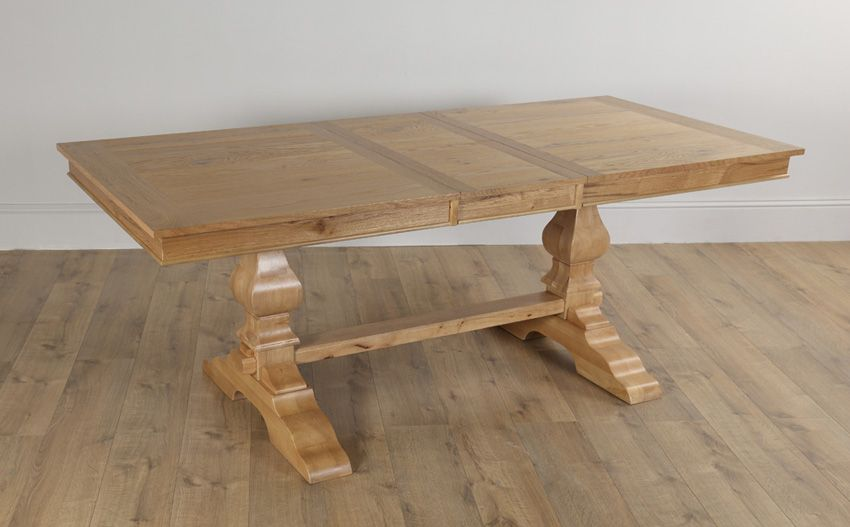 Cavendish Oak Extending Dining Table with 6 Hatfield Oatmeal
