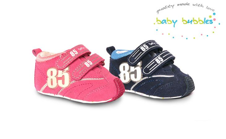 Baby Bubbles: baby shoes with dozens of
