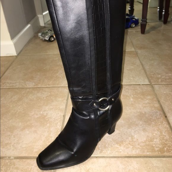 Leather Boots Price