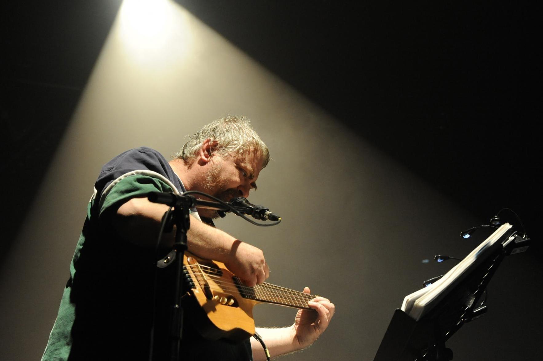 Singer Daniel Johnston dies, age 58