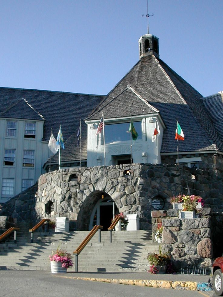 The Shining Exterior Of Timberline Lodge In Mount Hood Oregon Film Location For