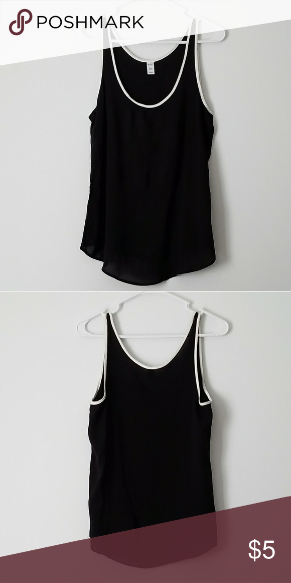 7762d1e8542 Old Navy Black Tank Top Worn few times. Size M. Material  100% Rayon Old  Navy Tops Tank Tops