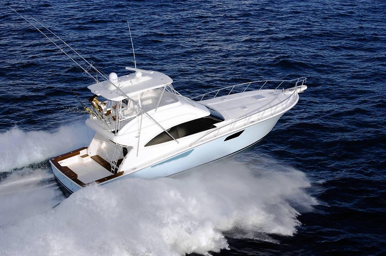 The bertram 54 sport fishing yacht luxuryboating for Salt water fishing boats