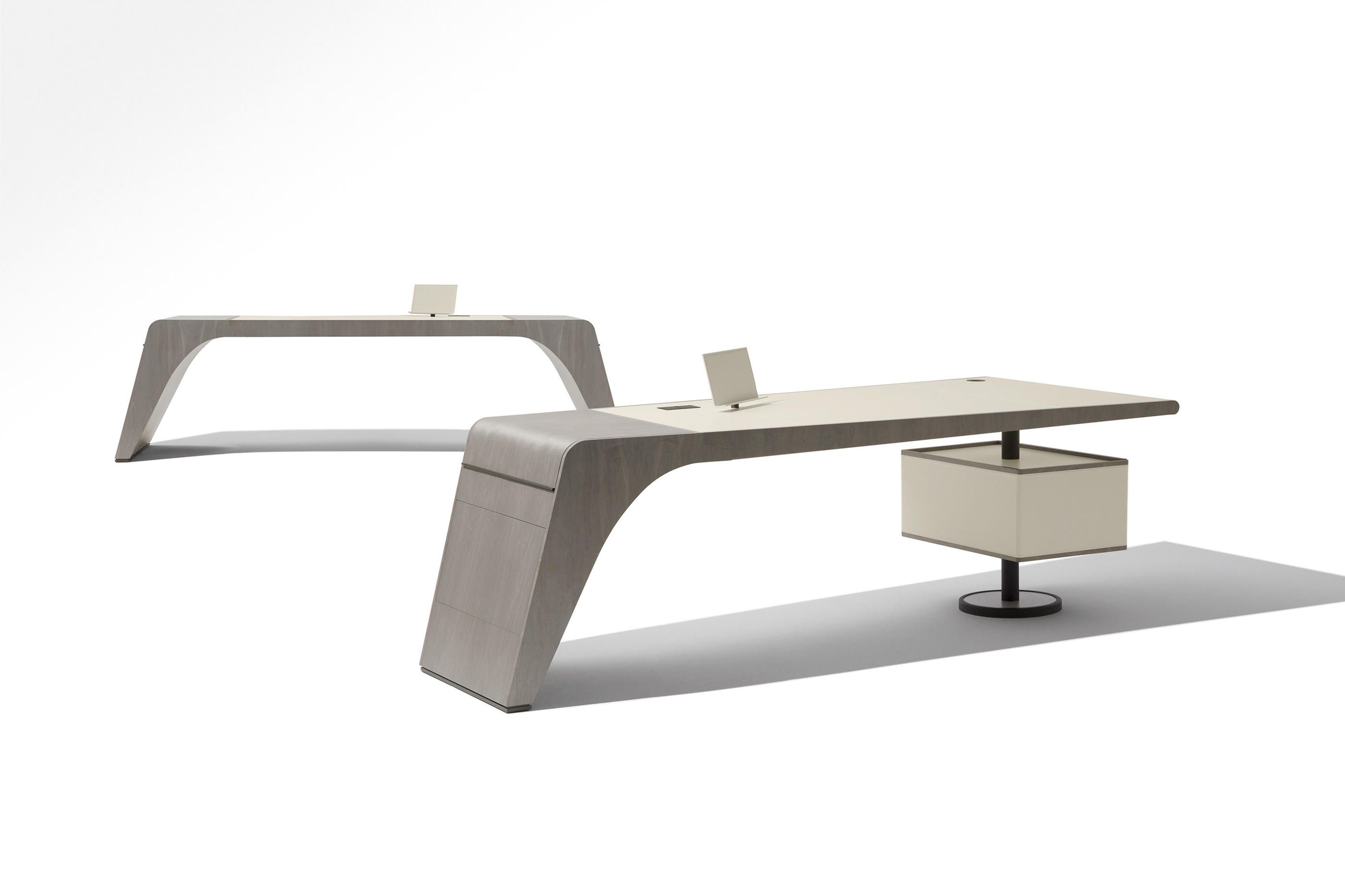 Writing desk de Mobilier design