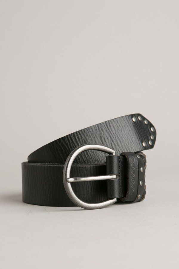 Pin for Later  Shopping  60 Accessoires Indispensables Cet Automne Bonobo  Ceinture femme cuir clous rock (25€) 8f878aa5bcf
