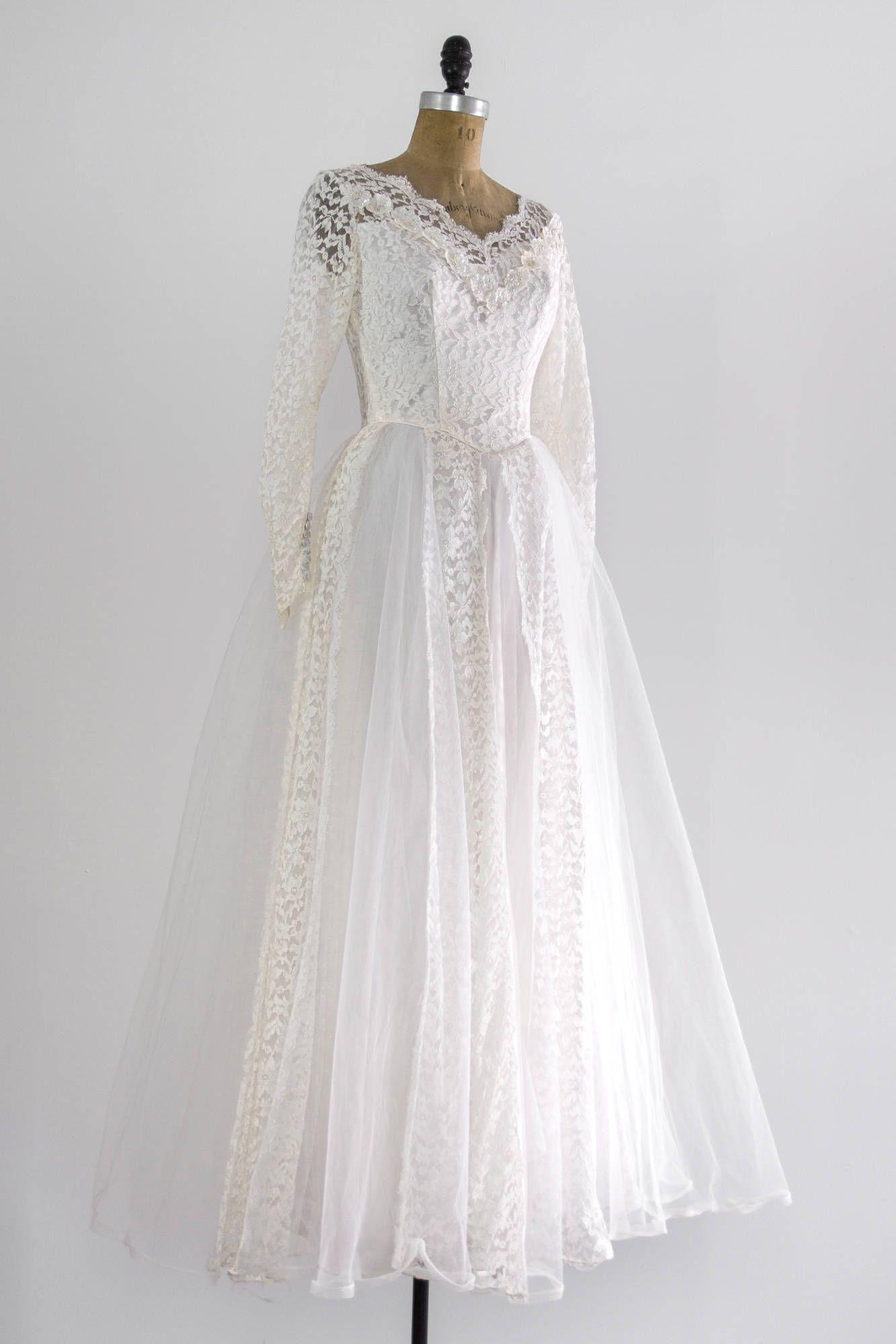 Vintage 1950s wedding dress vintage wedding ballgown with