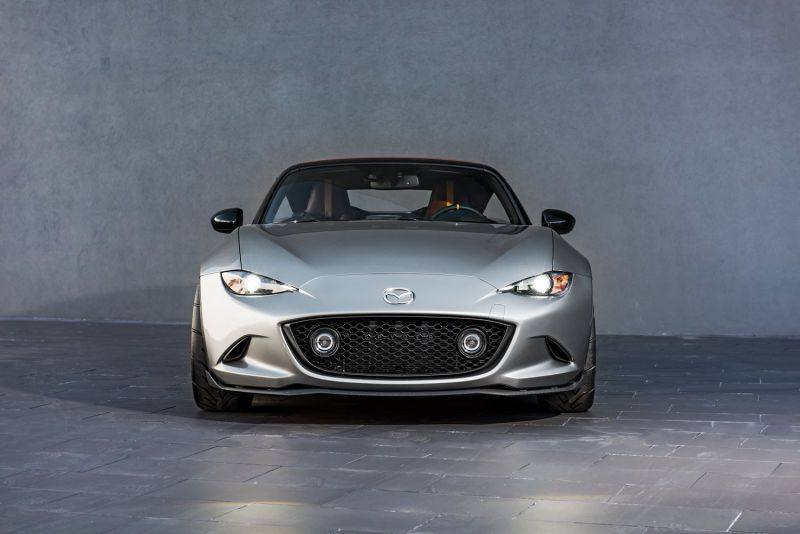 The Mazda MX 5 Spyder And Speedster Concepts Prove Roofs Are