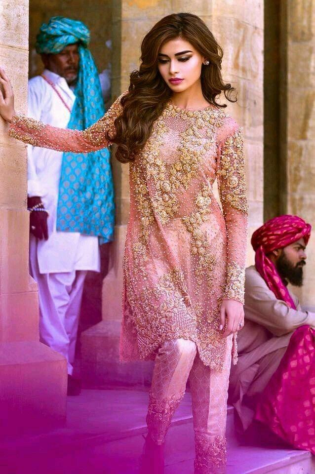 Pin de ayesha mano en stars of pakistan :-) | Pinterest