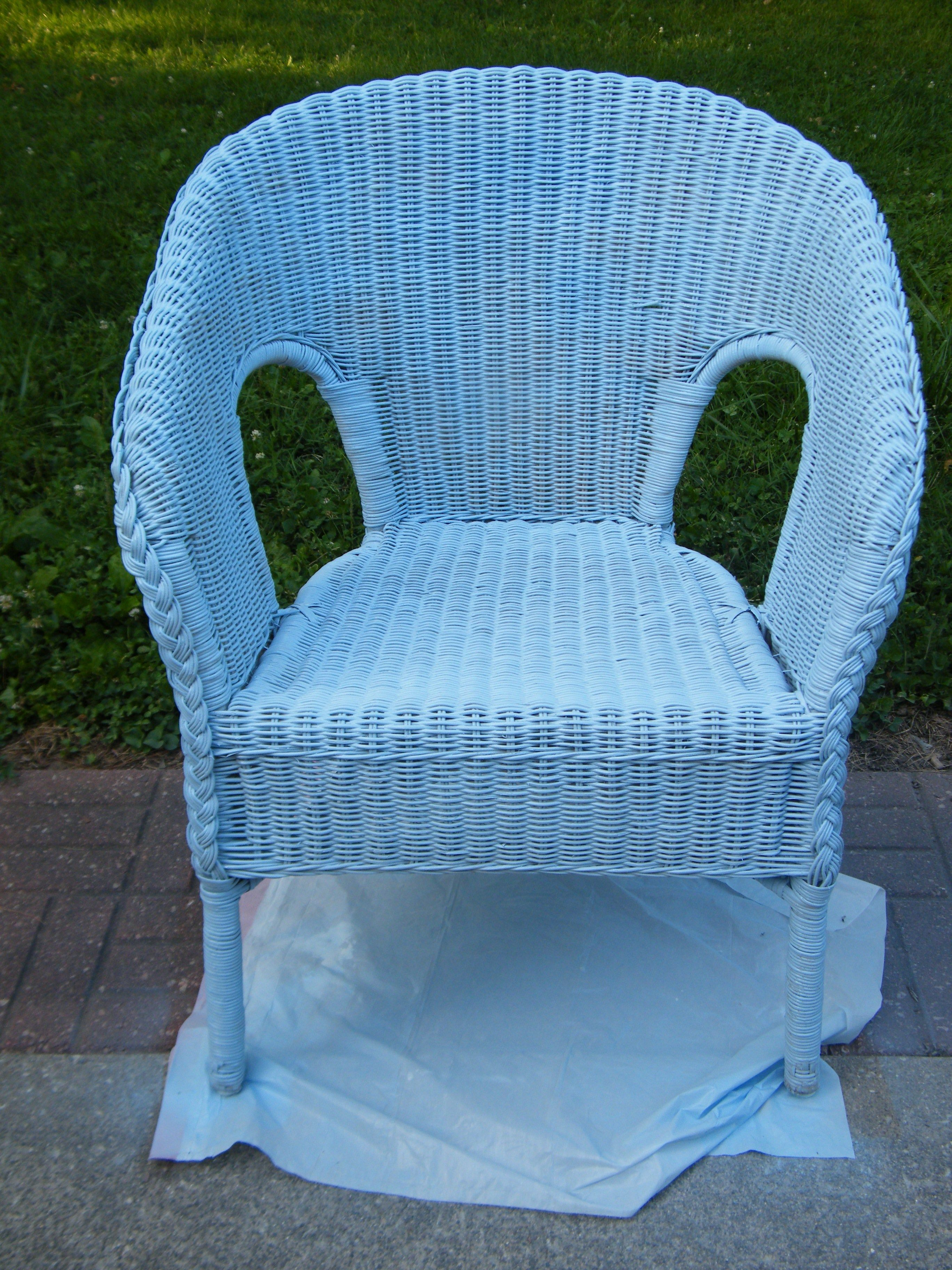 Spray Painted $5 Wicker Chair   My Own Home