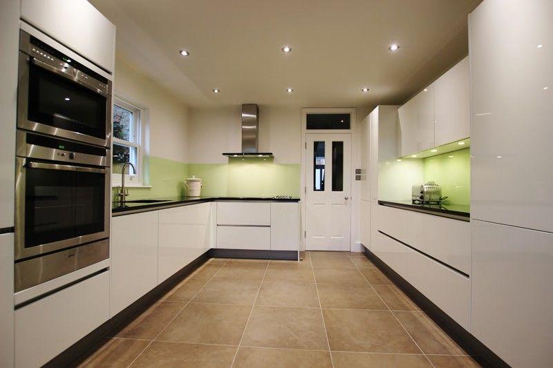 High Gloss White Lacquer U-shaped Kitchen