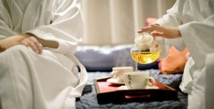 Learn more about the traditional Chinese tea cermony