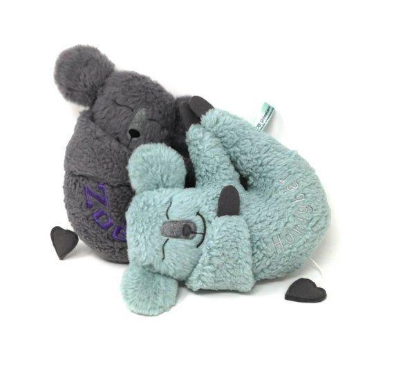 Personalisierte Spieluhr Koala Baby in hellen petrol met Namen, Wunschmelodie Öko Teddy Plüsch austauschbare Spieluhr. Geschenk Taufe Geburt,  #austauschbare #baby #Geburt #Geschenk #hellen #Hochzeitsstile #Koala #met #Namen #Öko #personalisierte #petrol #Plüsch #Spieluhr #Taufe #teddy #Wunschmelodie