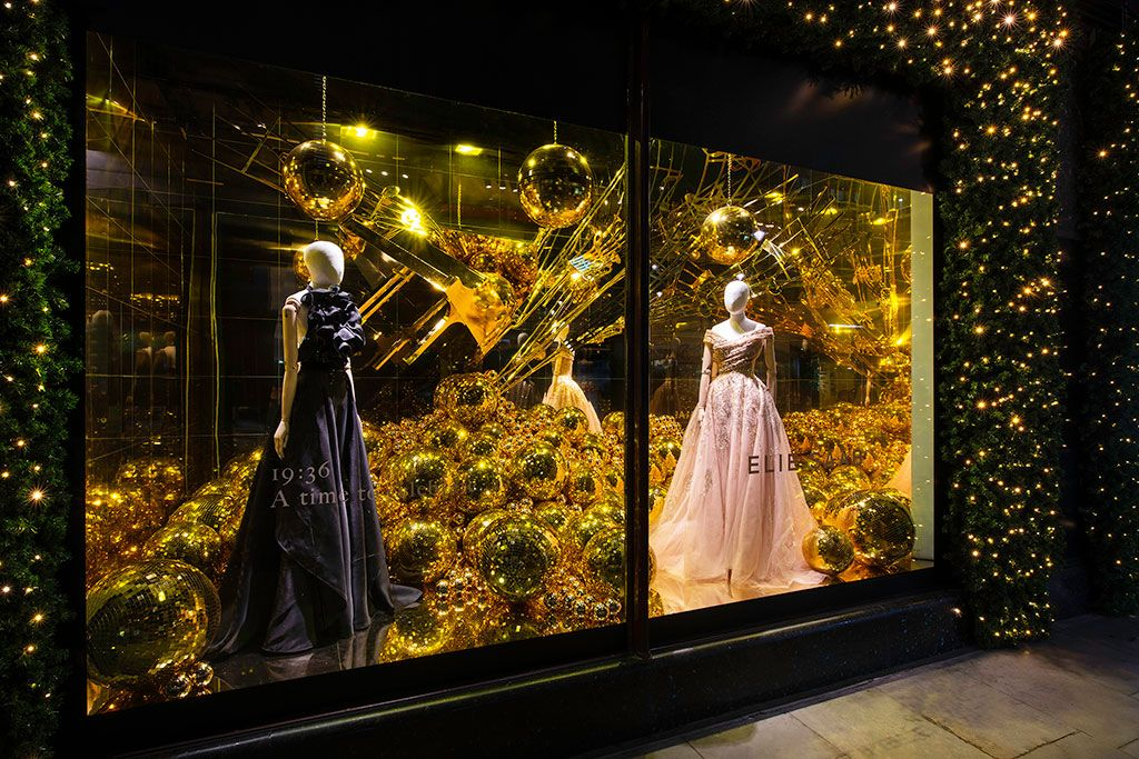 The Best Christmas Window Displays in London (With images