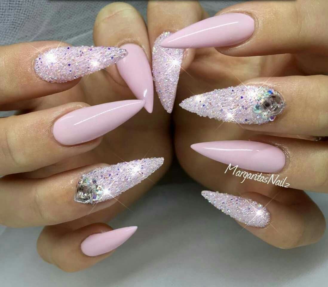 Pinterest Xbarbiegutzz With Images Pink Stiletto Nails