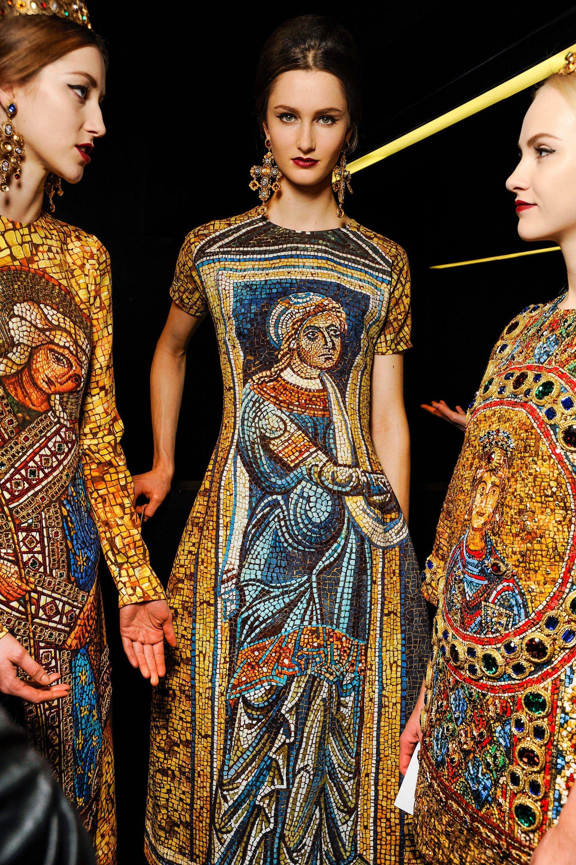 Heavenly Bo S Fashion And The Catholic Imagination At The