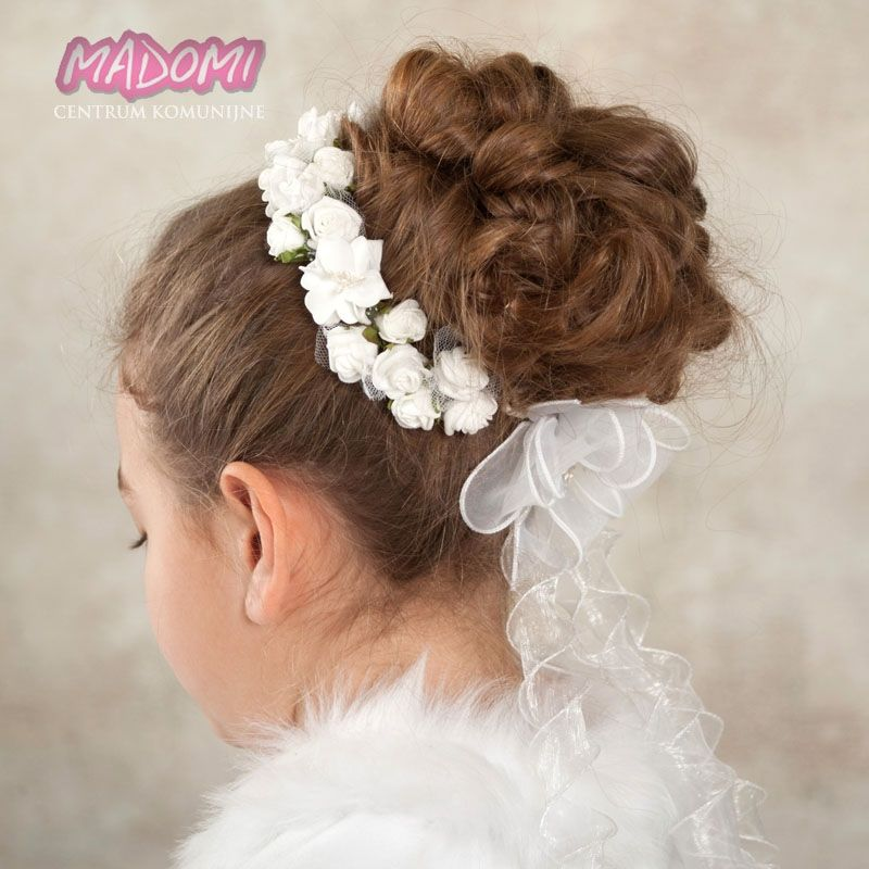 Pin By Justyna Dziuba On Bialo Flower Crown First Holy Communion Hobbies And Crafts