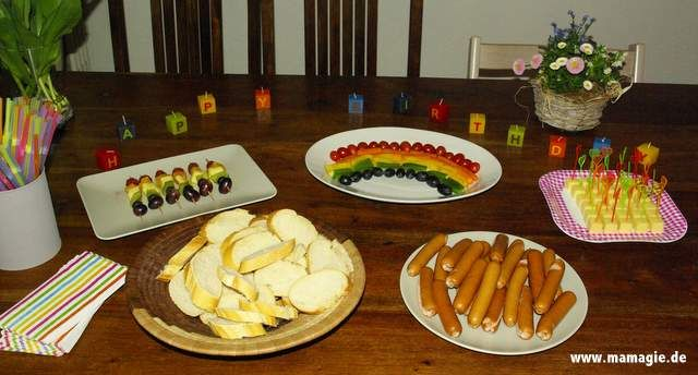regenbogen party snack buffet rainbow party savory snacks funky foods pinterest. Black Bedroom Furniture Sets. Home Design Ideas