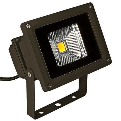 10 Watt Led Flood Light Fixture With Bracket Mount Waterproof Warm White Operates At 100 To 277 Volts Flood Light Fixtures Home Lighting Bronze House