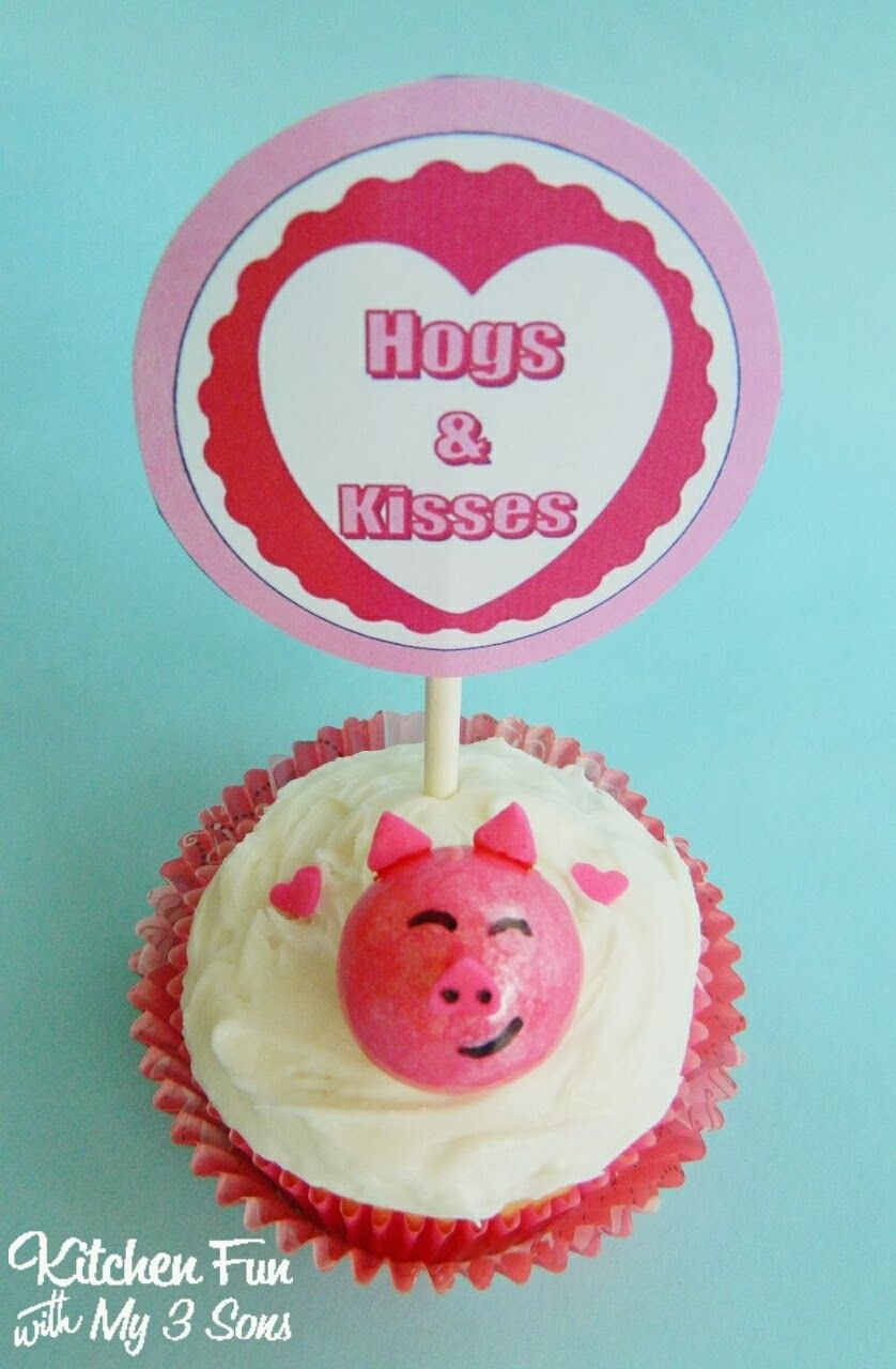 Easy Valentine Pig Cupcakes with FREE Printables