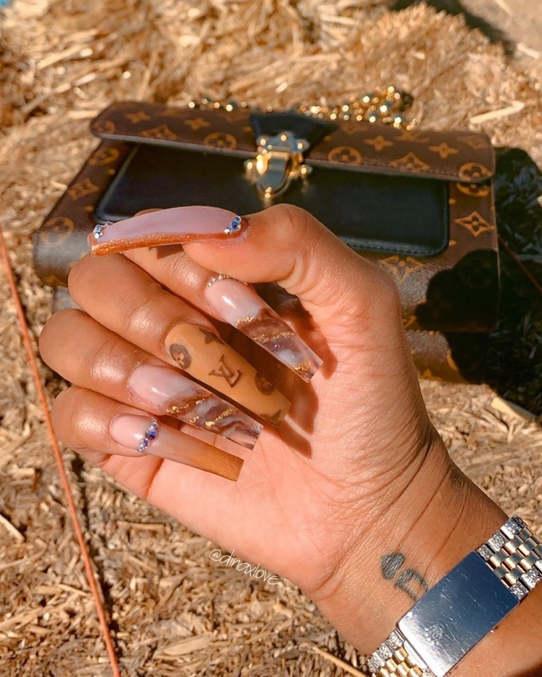 Lv Meets Fall On Karinjinsui Louisvuitton Lvnails Fallnails Brownnails Nudenails Marbl Long Acrylic Nails Best Acrylic Nails Pretty Acrylic Nails