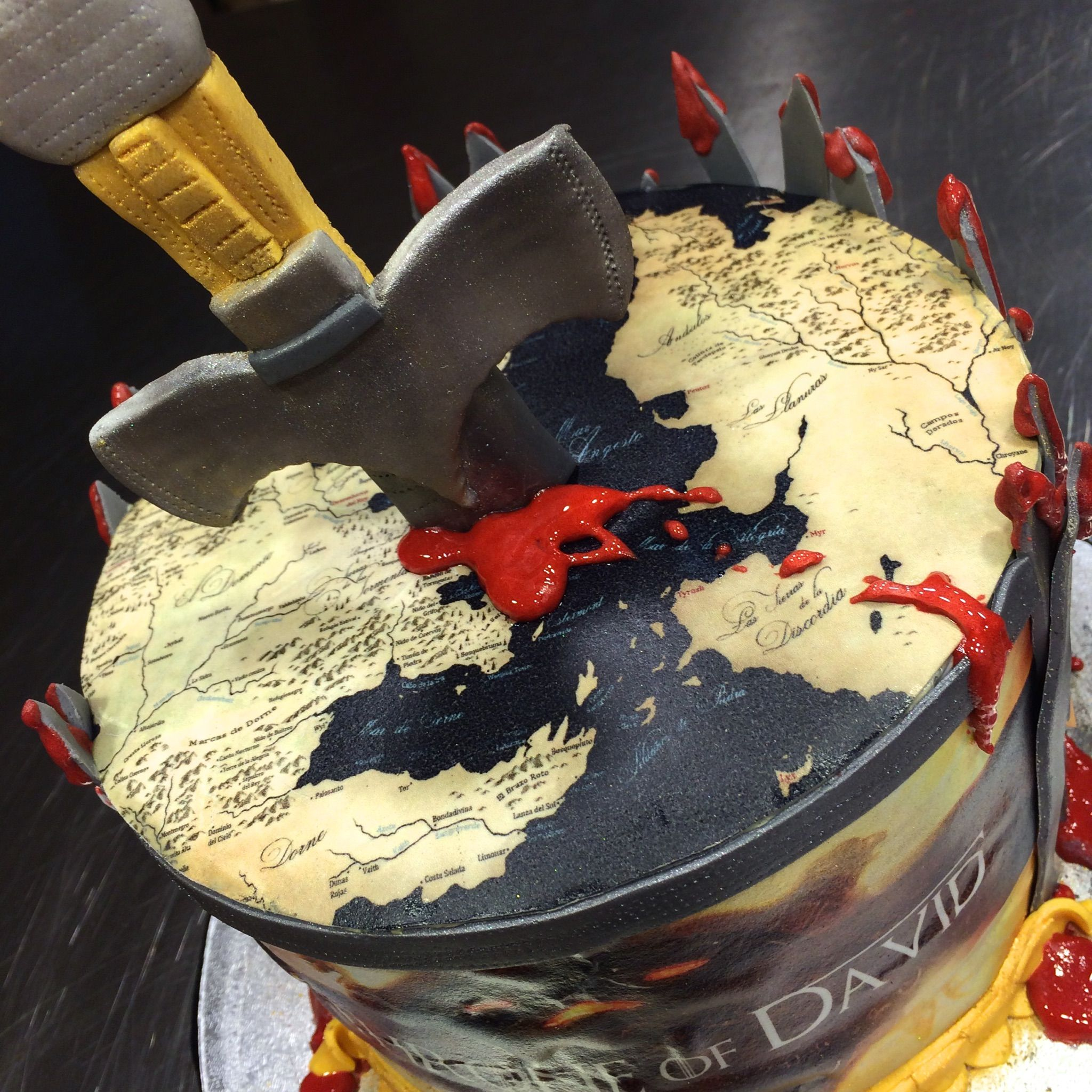 Tarta Juego De Tronos Game Of Thrones Cakes By Kemagdalenas Tarta De Juego De Tronos Juego De Tronos Catering Eventos