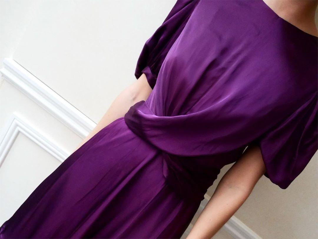 """Photo of TILPASSE på Instagram: """"The Festive Favorite: Elana Dress"""", CUSTOMMADE on …"""