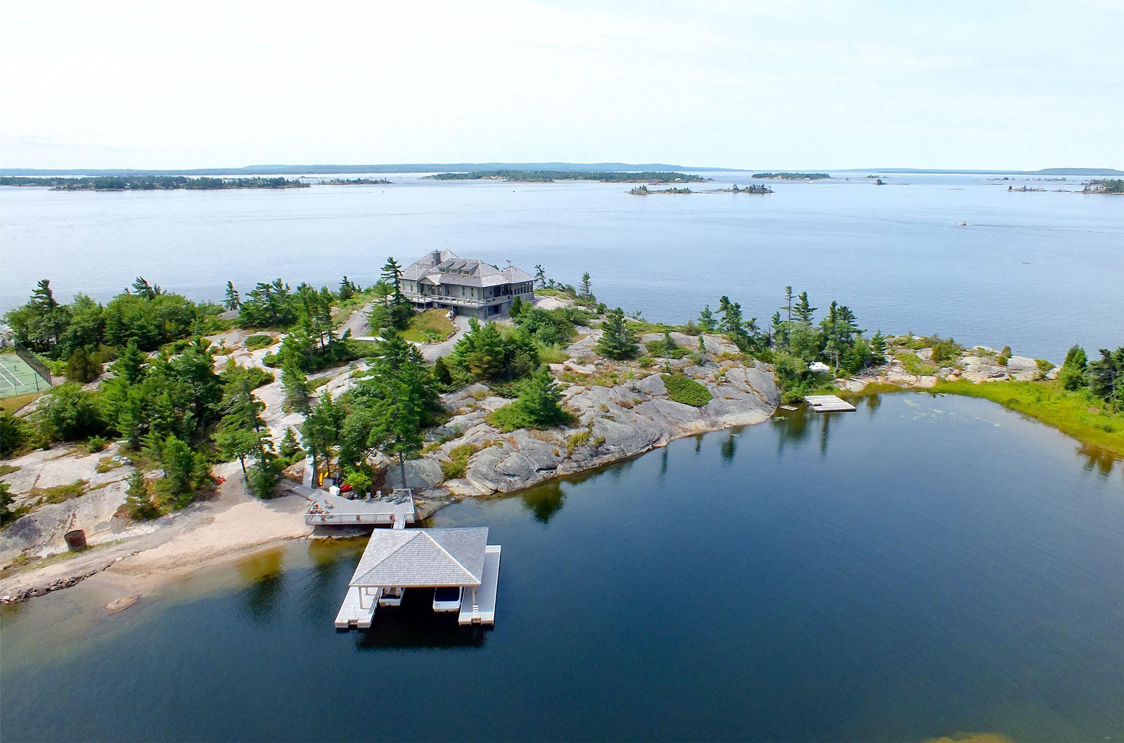 Lambert Island Georgian Bay