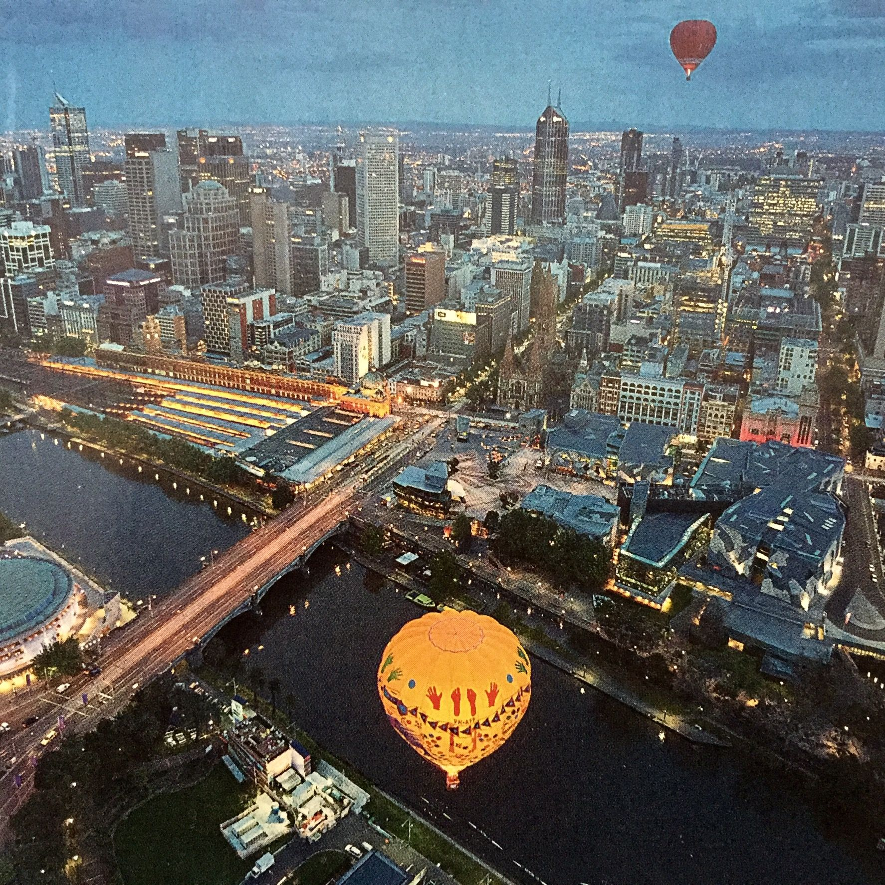 Over melbourne picture of global ballooning melbourne and yarra - Hot Air Balloons Over Melbourne Victoria Australia With The Yarra River I Loved