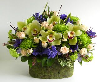 Artistry in Bloom's Blog: 2011 Mother's Day Flowers-Victoria BC-Heart of the Home Floral Designs