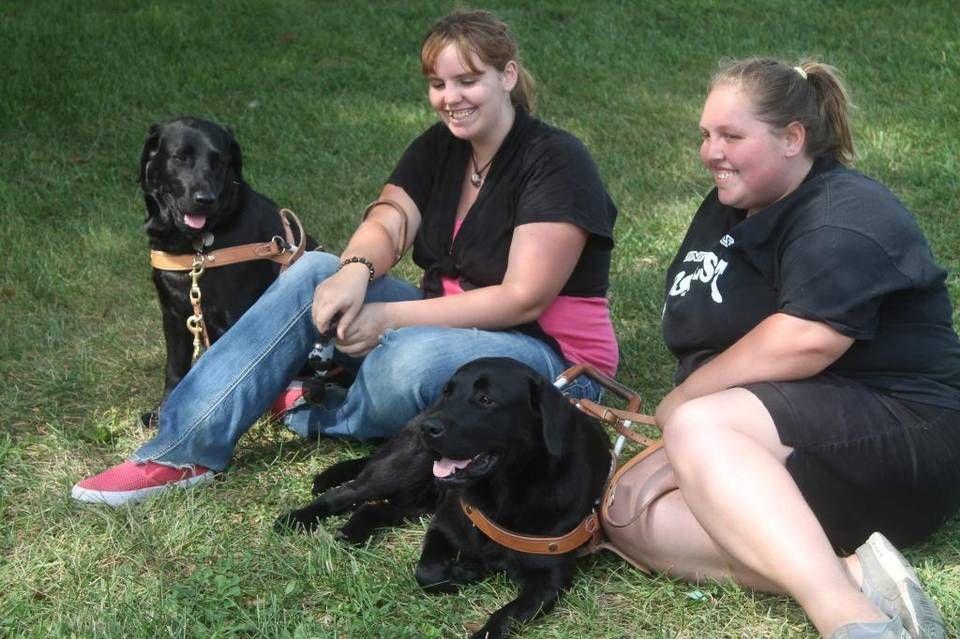 Pilot Dogs Belleville Il Blind Sisters Pilot Dogs Guide Dog