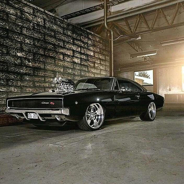 • 1968 Dodge Charger R/T •