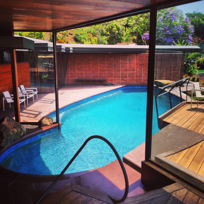 Mansion Pools Close Up: John Lautner Design In The Hollywood Hills