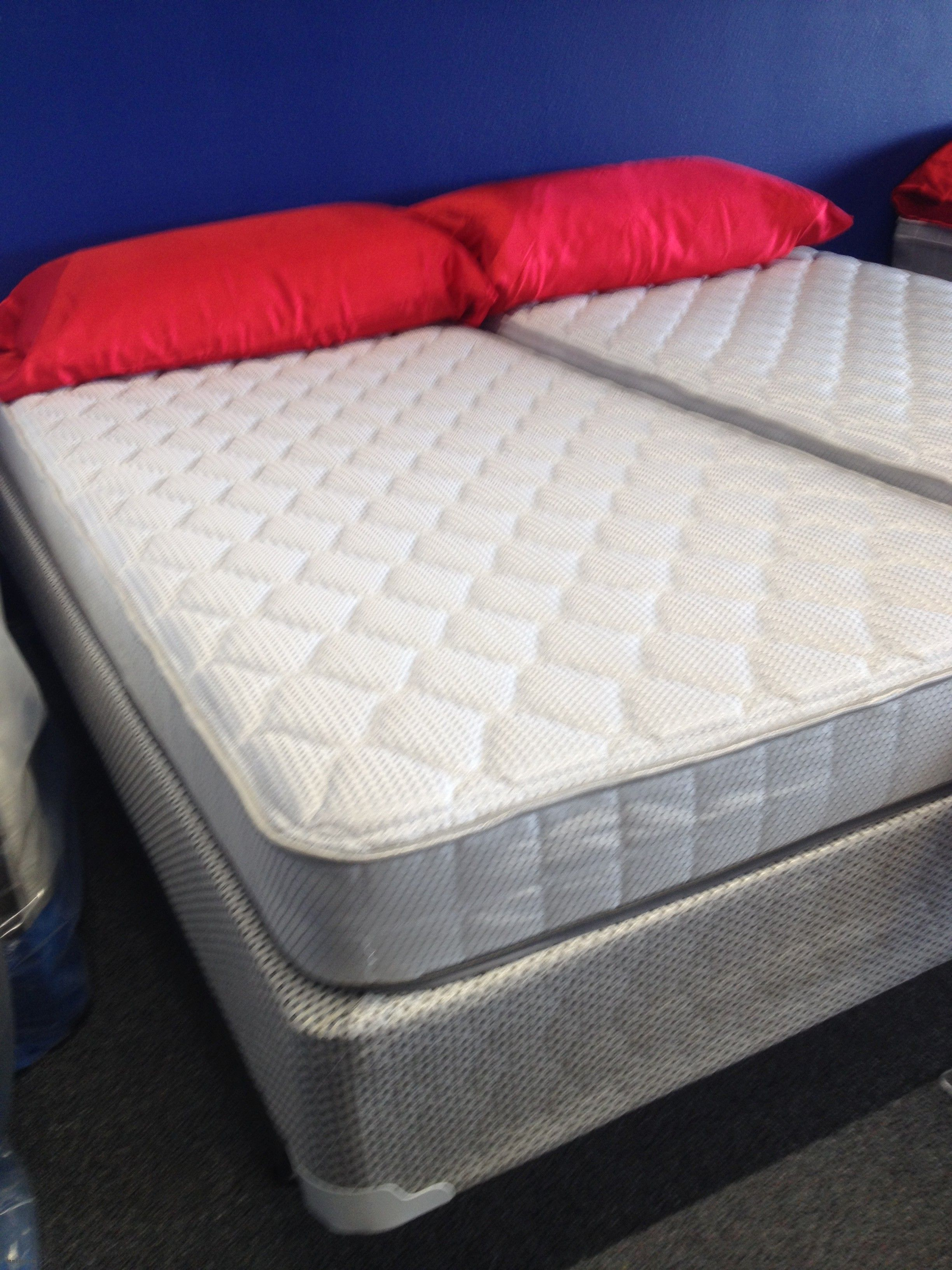 this premium quality mattress is built with 1000 pocket springs