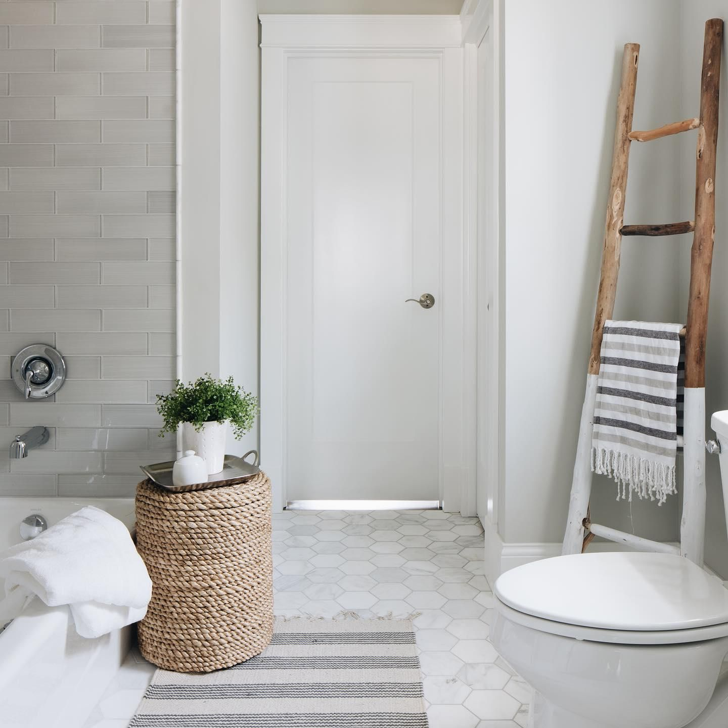 Tried And True Wall And Floor Tile Combinations The Tile Shop Blog The Tile Shop Grey Wall Tiles White Hexagon Tile Bathroom