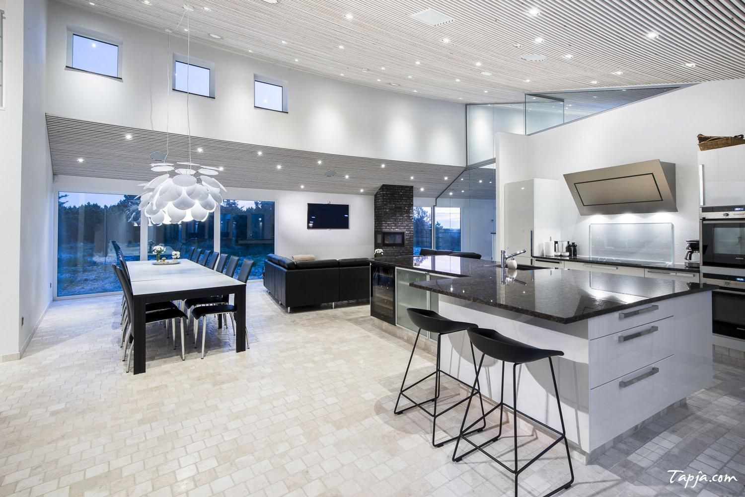 Luxury Kitchen Design With Amazing Lighting Idea In Ceiling