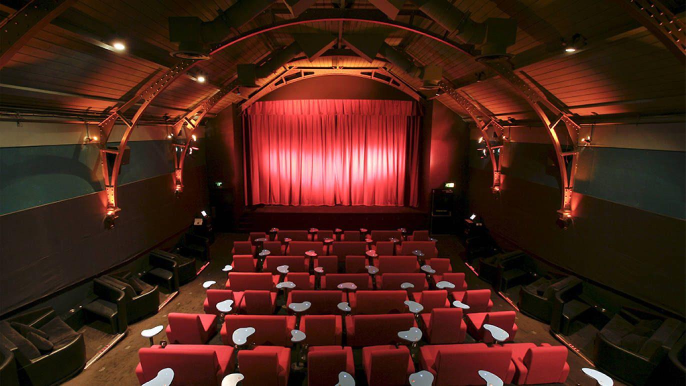 Hampstead Cinema Sofa Brokeasshome Com