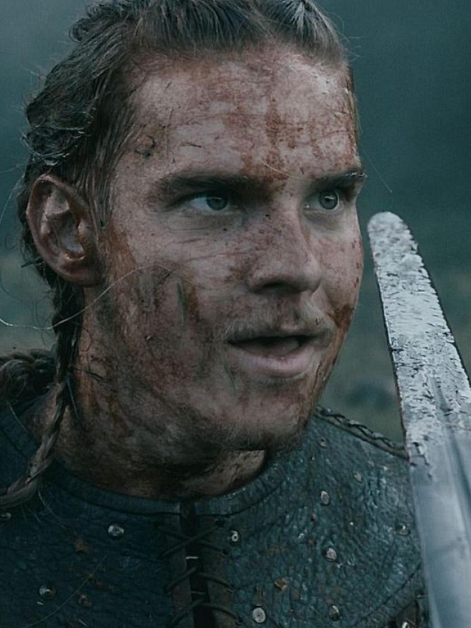 Hvitserk ❣️ | marco marco | Vikings, Vikings ragnar, Sons