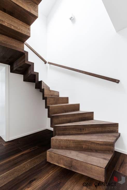 20 dise os de escaleras ideales para casas con poco - Disenos de escaleras de madera para interiores ...